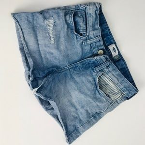 Old Navy Jean Shorts in Size 10